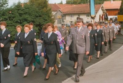 1989 erfolgte ein Führungswechsel in der Kolonne, Kolonnenführer Josef Kern wurde von Günter Höller abgelöst und die Frauenbereitschaft übernahm Maria Matschiner. Von Mitte der achtziger Jahre bis 1990 war die Kolonne als Schnelleinsatzgruppe eingeteilt.